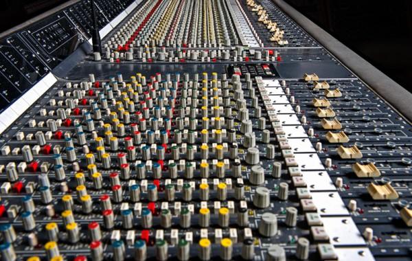Berno Studio - Mixerbord
